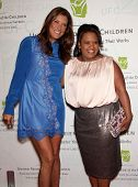 LOS ANGELES - MAY 21:  KATE WALSH & CHANDRA WILSON arrives to United Friends of the Children  on May 21, 2012 in Beverly Hills, CA