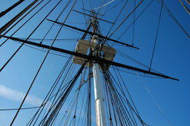 pic of uss constitution  - USS Constitution in Boston on a nice clear day - JPG