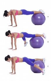 picture of lifting-off  - Come into a plank position on the exercise ball - JPG