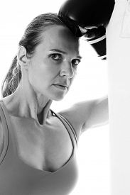 picture of heavy bag  - Heavy bag exercise - JPG