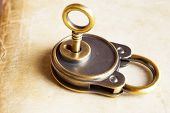 Retro Copper Keys Padlock