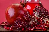 pomegranate and pomegranate juice