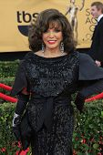 LOS ANGELES - JAN 25:  Joan Collins at the 2015 Screen Actor Guild Awards at the Shrine Auditorium on January 25, 2015 in Los Angeles, CA