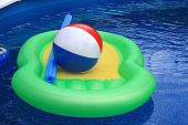 Water and pool with inflatable toys