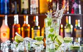picture of mojito  - Mojito cocktail drink with splash - JPG