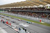Sepang, MALAYSIA - 23 November: Teams lined up on the starting grid at the start of the World A1 GP