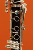 primer plano detalle de un clarinete de viento