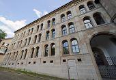 Zurich Theologisches Seminario fachada