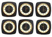 Colección de antiguo relojes de pared sobre fondo blanco. Zona horaria reloj