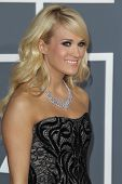 LOS ANGELES - FEB 10:  Carrie Underwood arrives at the 55th Annual Grammy Awards at the Staples Cent