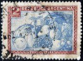 Argentina - Circa 1936: A Stamp Printed In Argentina Shows Fruits, Circa 1936