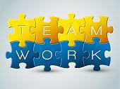 Ilustração vetorial puzzle trabalho em equipe - amarela e azul