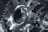 picture of titanium  - titanium and steel gears powered by a timing chain - JPG