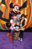 LOS ANGELES - OCT 1:  Mia Talerico, Ocean Maturo, McKenna Grace, August Maturo at the VIP Disney Halloween Event at Disney Consumer Product Pop Up Store on October 1, 2014 in Glendale, CA