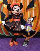 LOS ANGELES - OCT 1:  Minnie Mouse, McKenna Grace at the VIP Disney Halloween Event at Disney Consumer Product Pop Up Store on October 1, 2014 in Glendale, CA