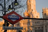 Madrid Metro Sign