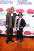 LOS ANGELES - NOV 17:  Tylen Jacob Williams, Damarr Calhoun at the TeenNick Halo Awards at Hollywood