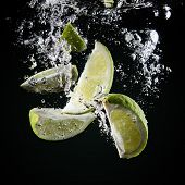slices of lime underwater
