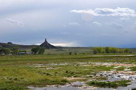 picture of western nebraska  - Chimney Rock National Historic Site - JPG