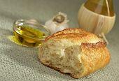 Sauerteigbrot und Olivenöl