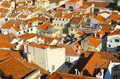 Labirinto no terraço em Lisboa