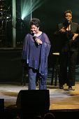 NEWARK - NOVEMBER 9: Sängerin Gladys Knight werden für die 9. jährliche Konzert für Kinder profitieren werden ausgeführt.