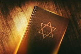 foto of prayer  - The Book of Judaism - JPG