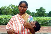 mulher com menino - Índia