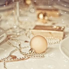 pic of christmas dinner  - Gold Christmas table setting - JPG