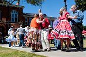 Senioren-Squaredance auf outdoor-event