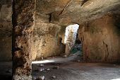 picture of catacombs  - Christian Catacombs at Fabrica Hill - JPG