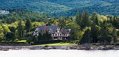 Постер, плакат: Tudor Bed And Breakfast On Coast Of Maine