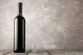 picture of merlot  - Bottle of red wine - JPG