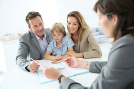 picture of family planning  - Family meeting real - JPG
