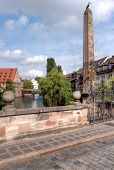 pic of hangman  - The ancient Karlsbruecke  - JPG