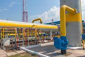 Gas compressor station