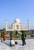 Peope Visit The Taj Mahal In India