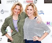 BRIDGEHAMPTON, NY-JUL 19: TV host Ali Wentworth (L) and actress Julie Bowen attend the 6th Annual Fa