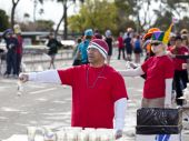 Volunteer helps out at the 2010 Phoenix Marathon