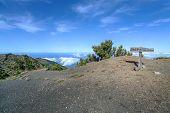 El Hierro - Sign on the peak of Malpaso