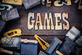 ������, ������: Games Concept Rusty Type