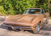 Постер, плакат: 1963 Chevrolet Corvette Woodward Dream Cruise Woodward Dream Cruise MI
