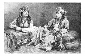 pic of hookah  - Metouali Women of Sidon - JPG