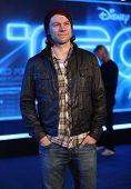 LOS ANGELES - 11 de dezembro: Patrick Fugit chega para o ' Tron: Legacy' estreia mundial no dia 11 de dezembro, 2