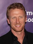 LOS ANGELES - MAR 16:  Kevin McKidd arriving to 19th Annual 'A Night at Sardi's