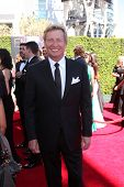 LOS ANGELES - AUG 16:  Nigel Lythgoe at the 2014 Creative Emmy Awards - Arrivals at Nokia Theater on August 16, 2014 in Los Angeles, CA