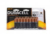 Hayward, CA - January 5, 2015: Packet with 16 Duracell CopperTop