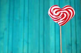picture of lollipops  - Heart shaped lollipop for Valentine - JPG