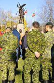 : Canadenses soldados