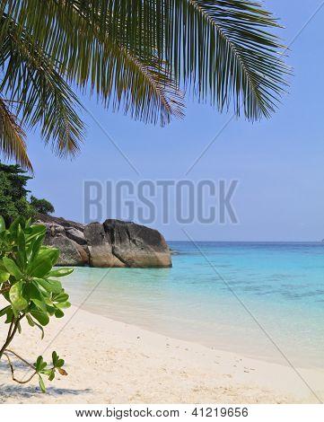 Постер, плакат:  Таиланд весной Романтический пляж в Живописные Симиланские острова, холст на подрамнике